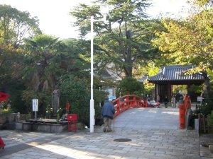 須磨寺 仁王門と龍華橋