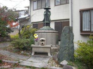 親鸞聖人 銅像