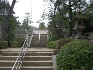 森稲荷神社の石段