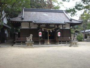 六甲八幡神社 拝殿
