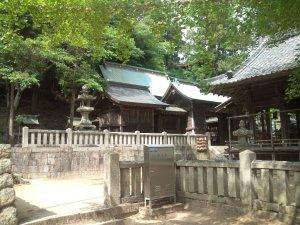 六条八幡神社 本殿