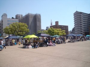 新開地音楽祭 フリーマーケット
