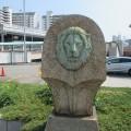 ライオンの石像