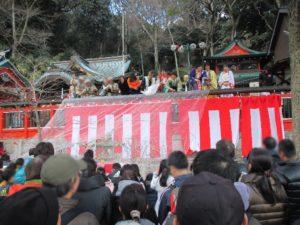 諏訪神社 餅まき 9