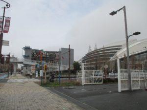 ノエビアスタジアム神戸横のビル